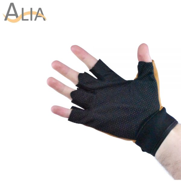 5.11 stylish tactical gloves half finger..