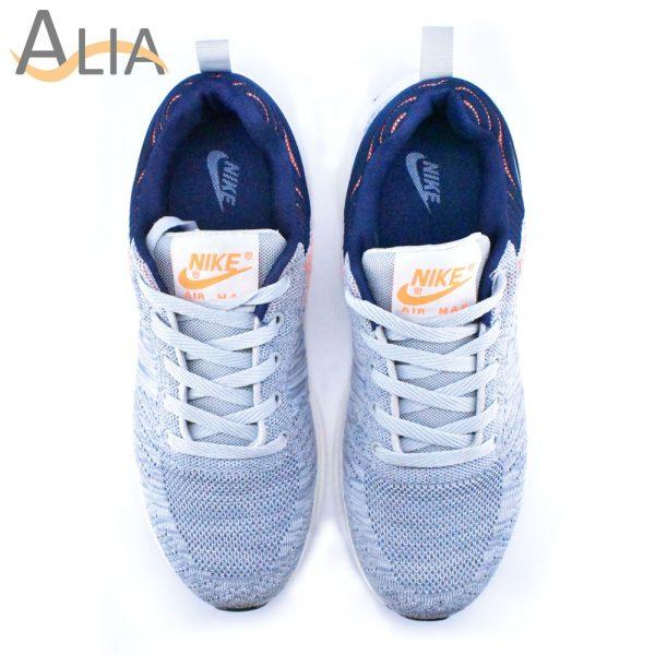 Nike zoom sport shoes..