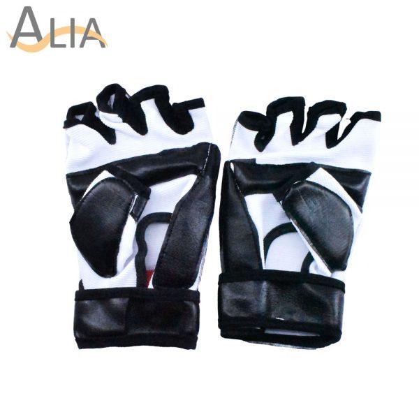 Sport gloves for multi purpose taewondo..