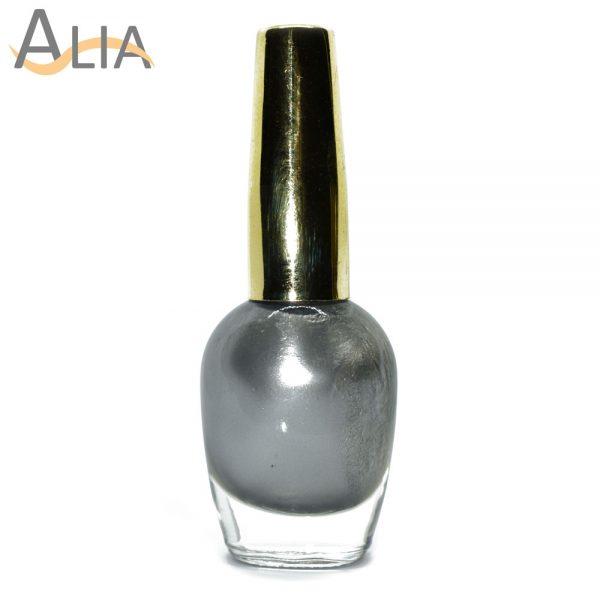 Genny nail polish (321) pure silver color.